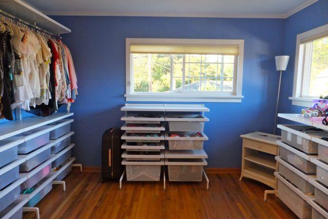 Self Standing Closet : Walk in closet organizing elfa freestanding system